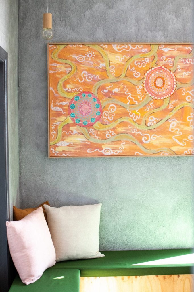 Painting n the nook at SLO Vino & wine bar in Coffs Harbour
